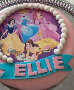 tårta med disney prinsessor